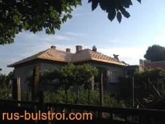 Ремонт на покрив с керемиди на къща в село Червена вода_1
