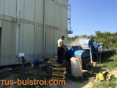 Изливане на пенобетон на покрив в Басарбово